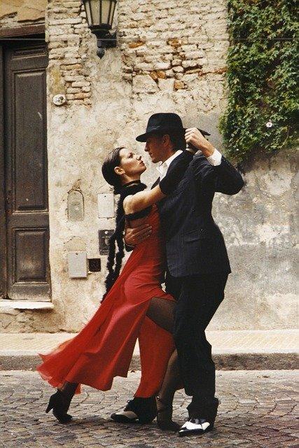 tango-190026_640.jpg