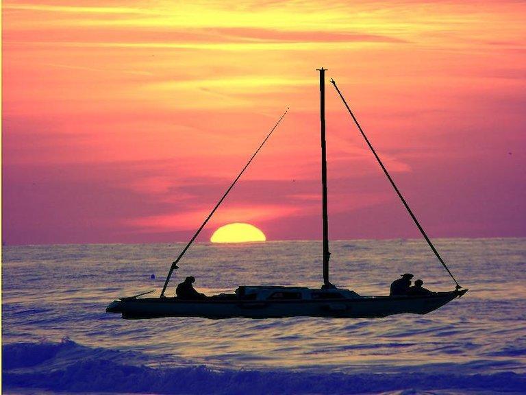 sunset_boat_filtered.jpg