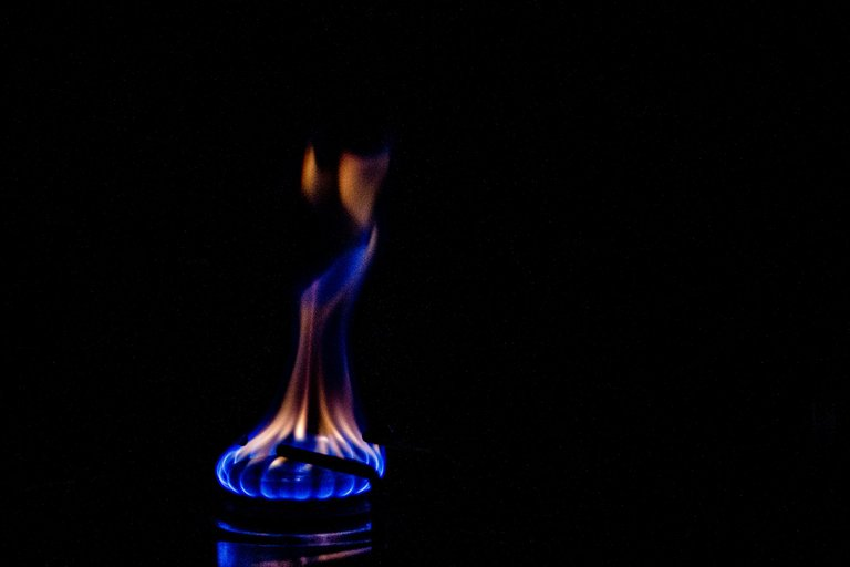fire-3739059_1920.jpg