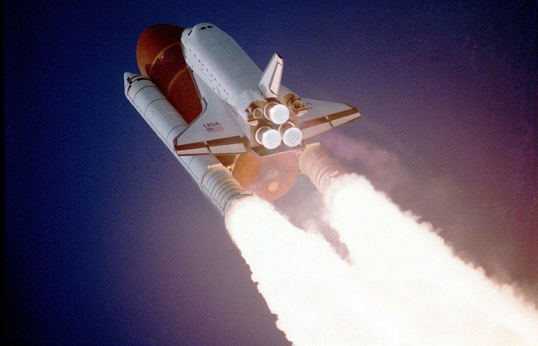 space-shuttle-992_1920.jpg