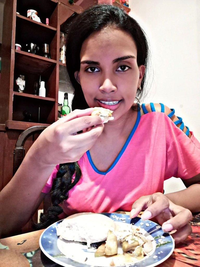 PicsArt_06-09-10.06.57.jpg