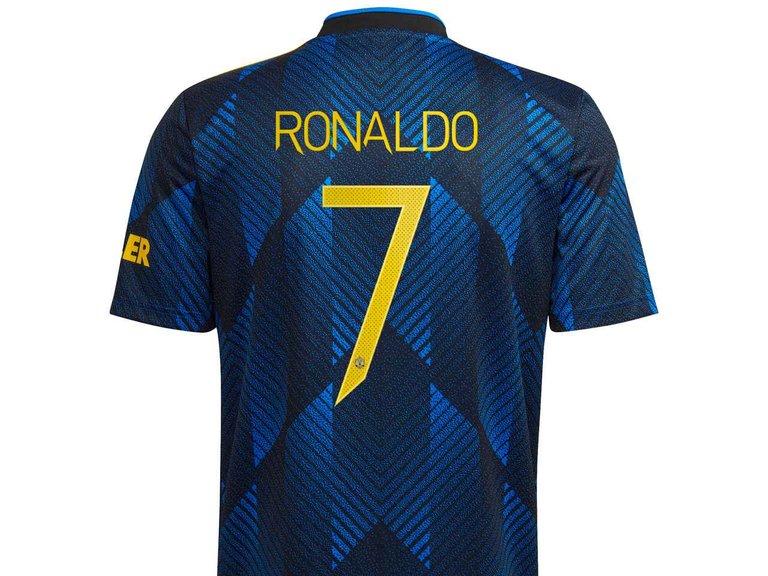 Ronaldo_7_third_kit1630661845909_medium.jpg