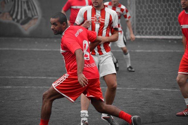 football4455306_1280.jpg