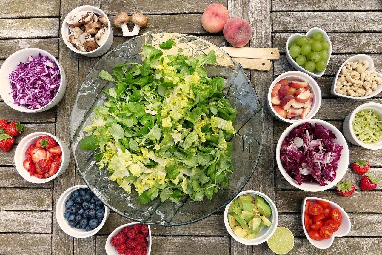 salad2756467_1920.jpg