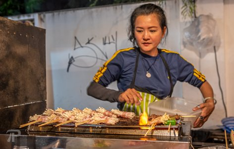 Pai Walking Street 10 Baht Food Challenge