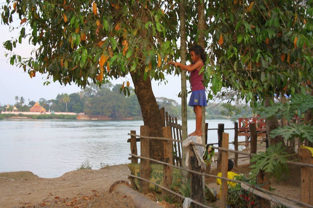 """The name """"4000 islands"""" is derived from the mega Mekong River that spreads itself out, choosing hundreds of routes and forming a vast area of river islands, possibly 4000 or more."""