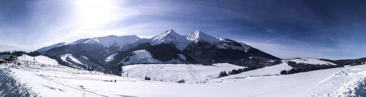 Belianske Tatras (Havran on right and Zdiarska Vidla on left), Slovakia. Photo by Alis Monte [CC BY-SA 4.0], via Connecting the Dots