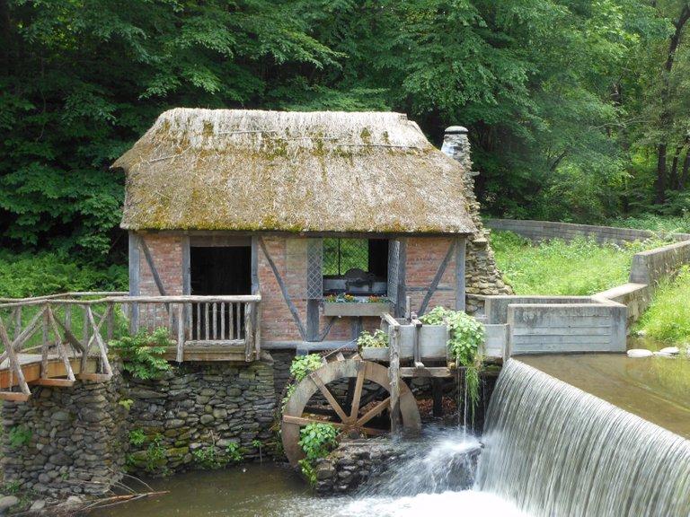 Gomez Mill_House_Wheel  Alexisrael 3.0.JPG