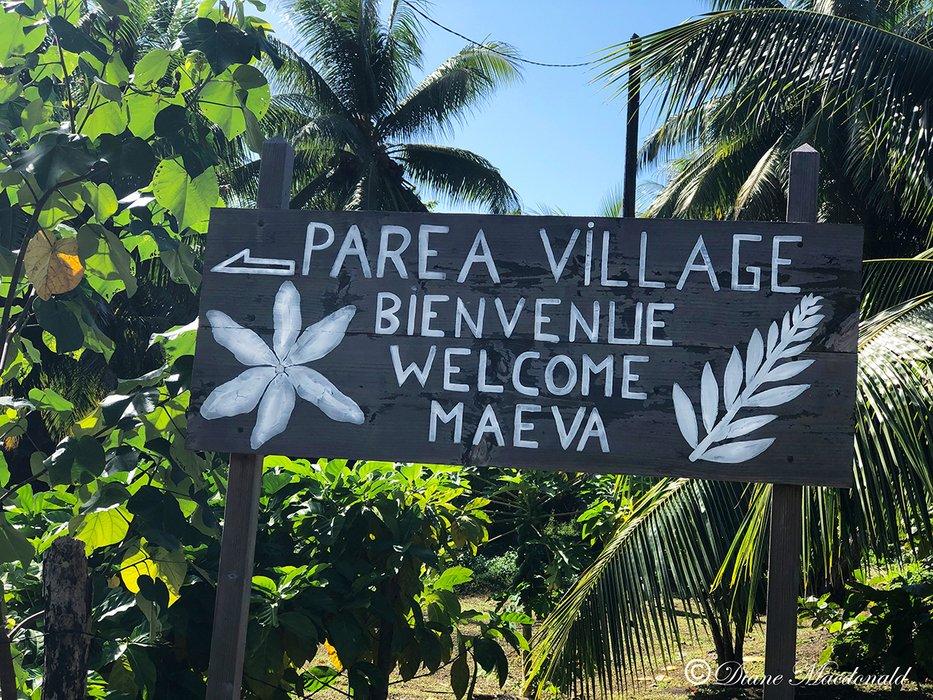 welcome parea sign huahine.jpg
