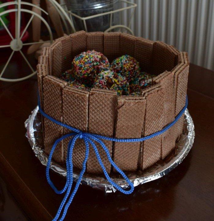 ruth-girl truffle cake (6).JPG