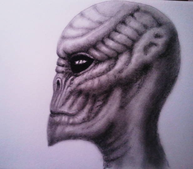 alien sketch.JPG