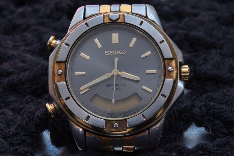 DSC_9123 - watch resized 2nd edit.jpg