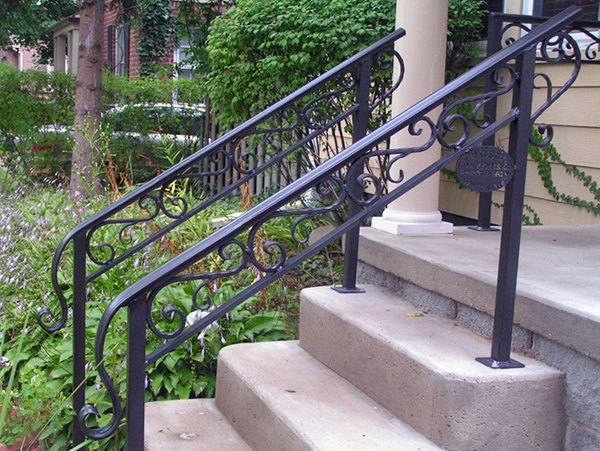 outdoorstairrailingsexteriorstairrailingdesign crop.jpg