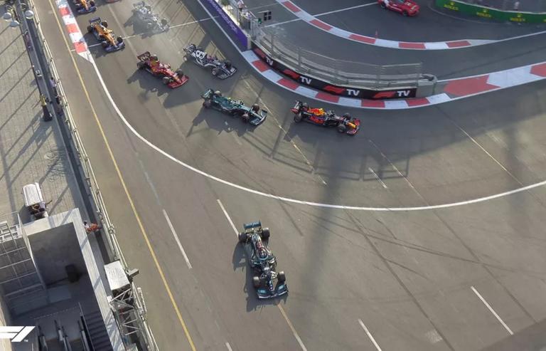 101.-Formula1-GPAzerbaiyan-Hamilton.png