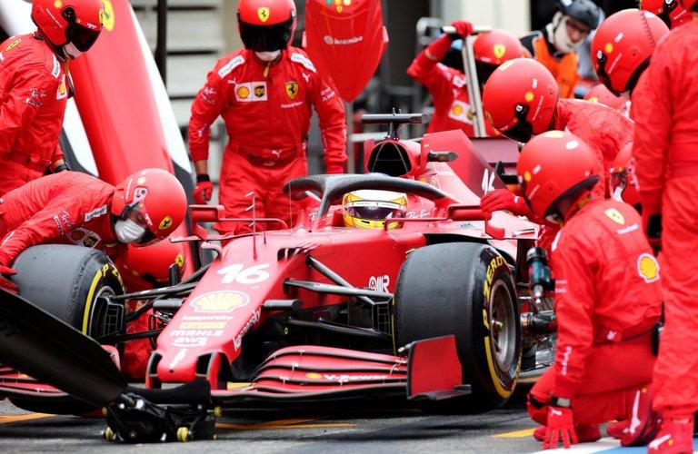115.-Verstappen gana en Paul Ricard-2.jpg