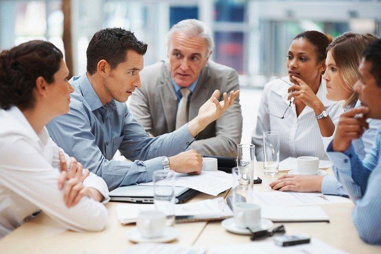 business-meeting-5395567_1920.jpg