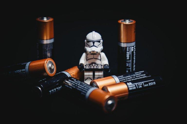 batteries2619017_1920.jpg