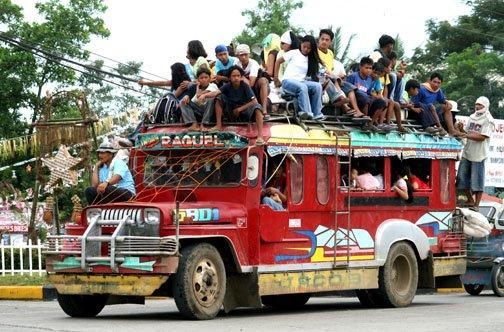 Jeepney_overloaded.jpg