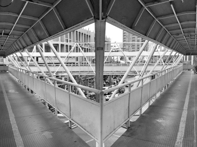iPhone 6 Dec 5th 2017 Pearl Building 027.JPG