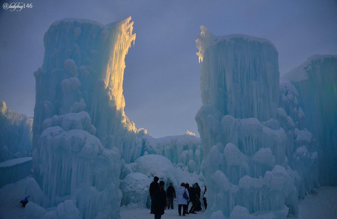 ice castle7.jpg