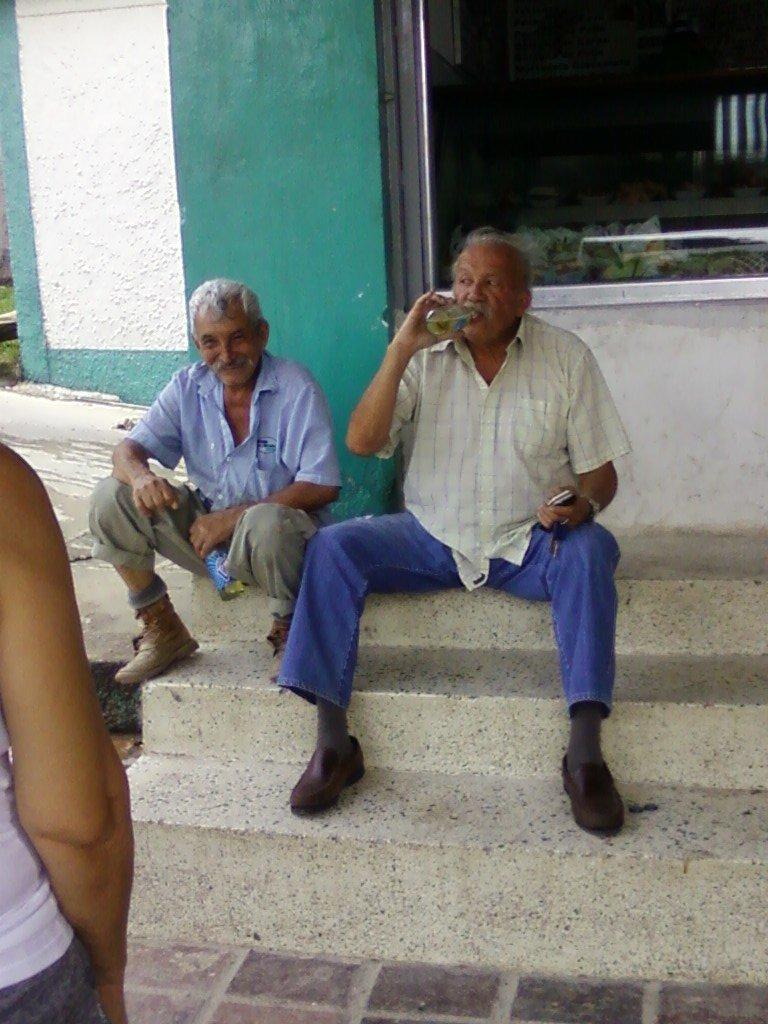 Isidro y su amigo Amado.jpg