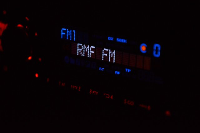 radiostudio932266_1280.jpg