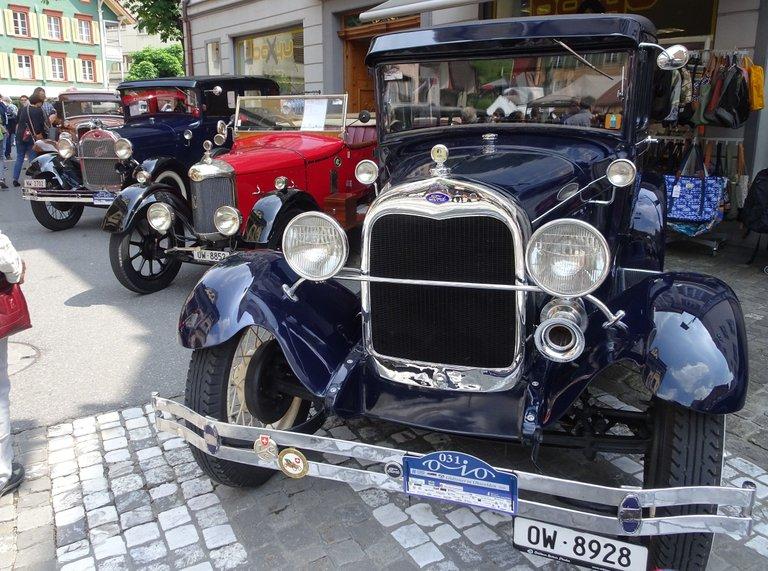classic car 1.jpg