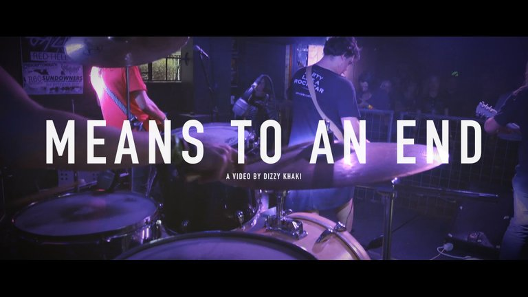 De Wallen - Means to an end (live at Kranked Up)2.jpg