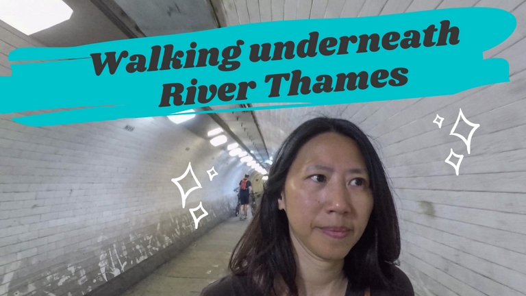 Walking underneat the River Thames.png