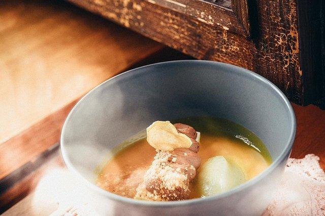 autumn dessert in a bowl