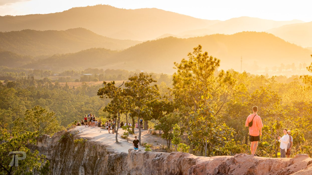 Pai Canyon is touristy but there's a lot of space for everyone