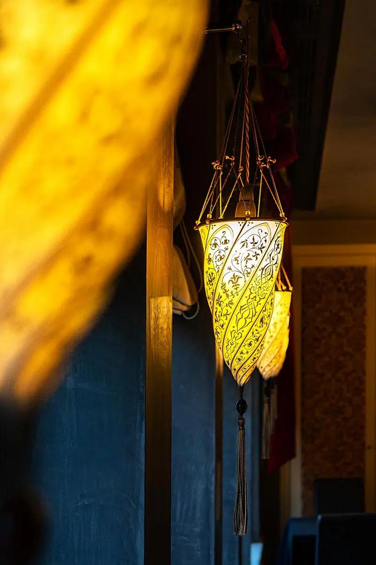 Aren't these Venetian lights delightful?