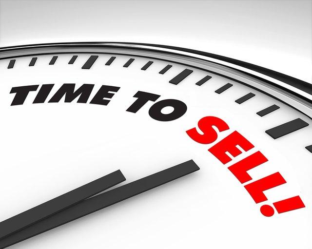 bigstock-Time-To-Sell-Clock-5817942.jpg