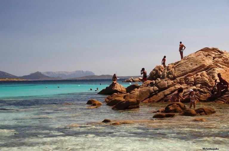 Sardinia beach credit MrArifnajafov 3.0.JPG