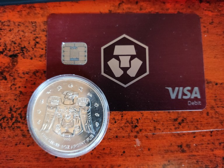 Cryptocom VISA debit card CRO.jpg