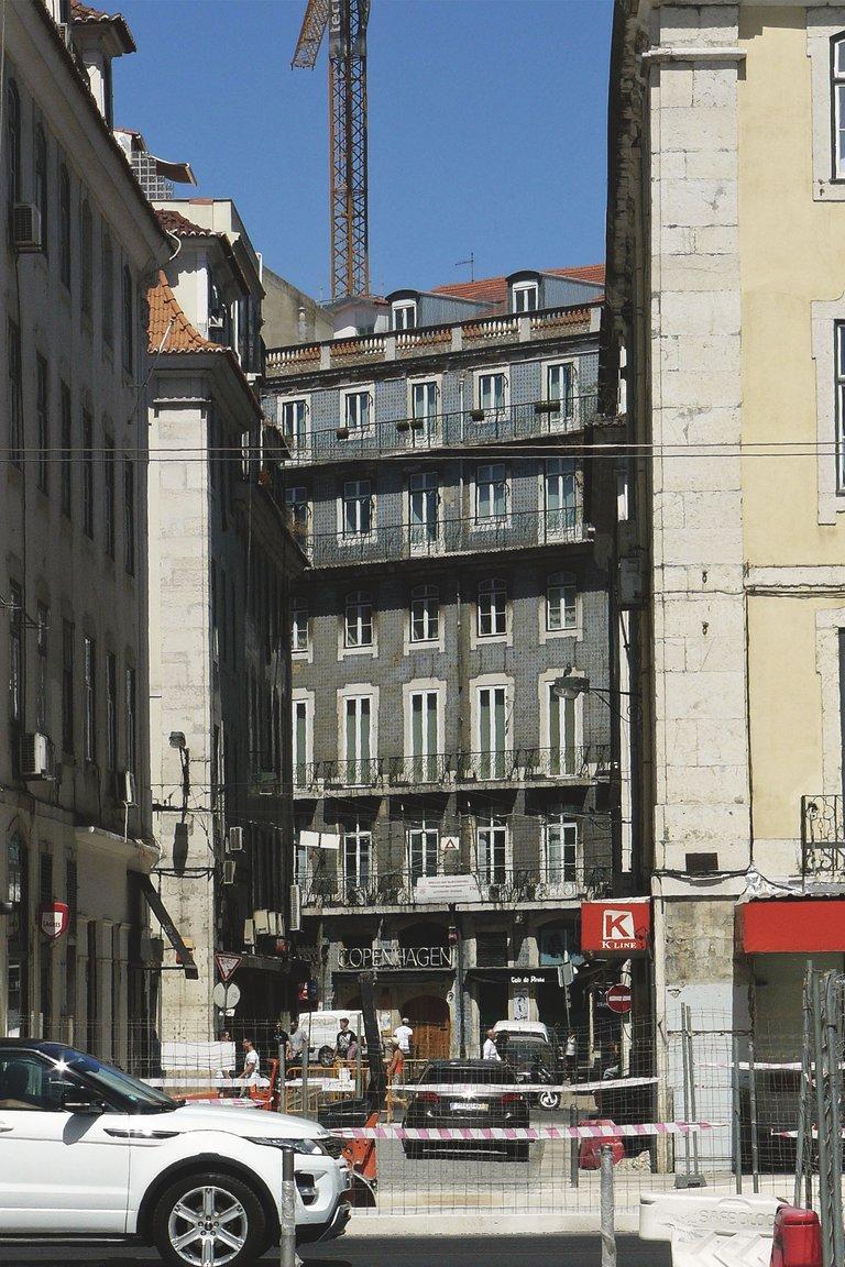 Lisbon center 3.jpg