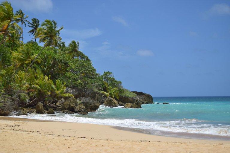 playa preciosa.jpg