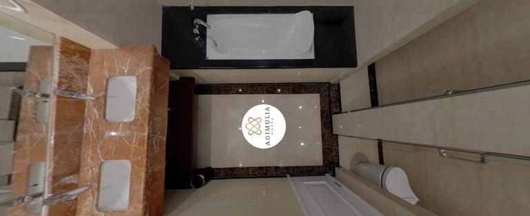 Suite BathRoom.png