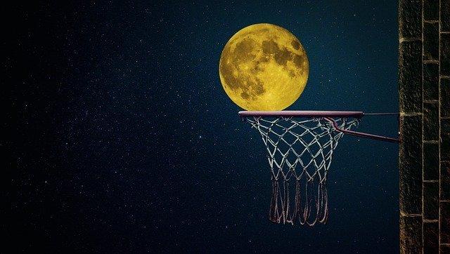 moon-gbaf88fee0_640.jpg