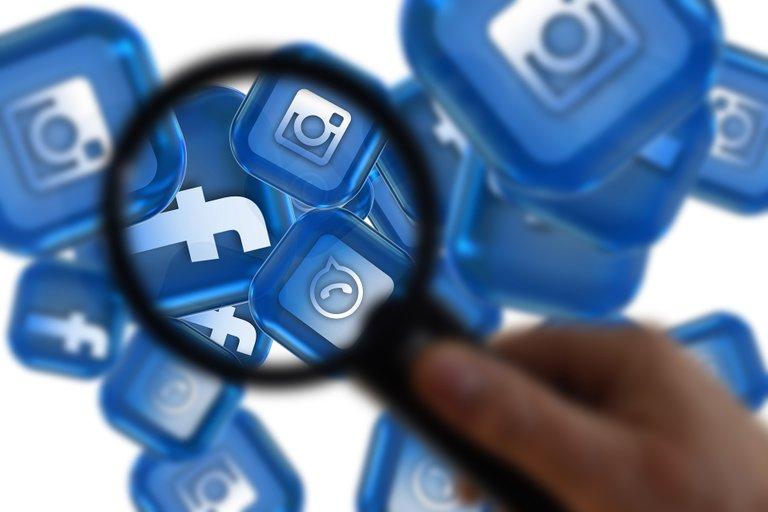 social-media-6217838_1920.jpg