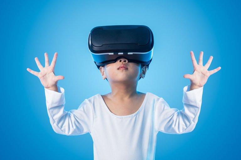 ventajas-gafas-realidad-virtual-aula.jpg