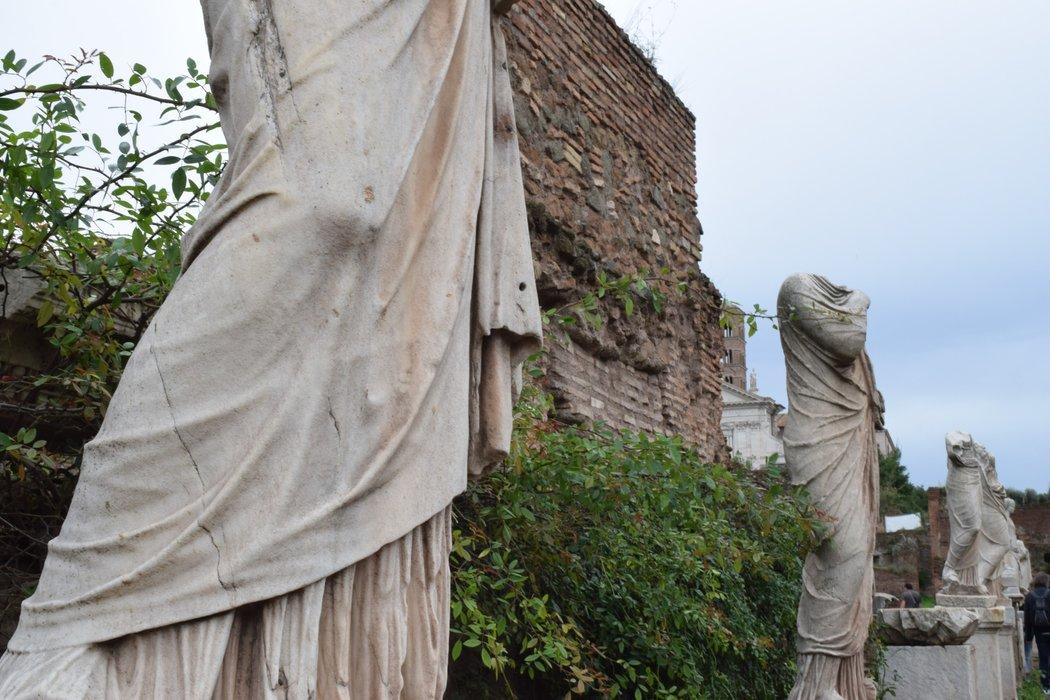 Statues!