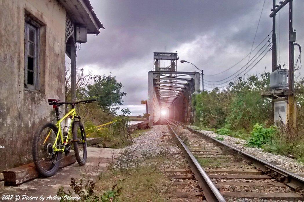 scott aspect 950 train bridge