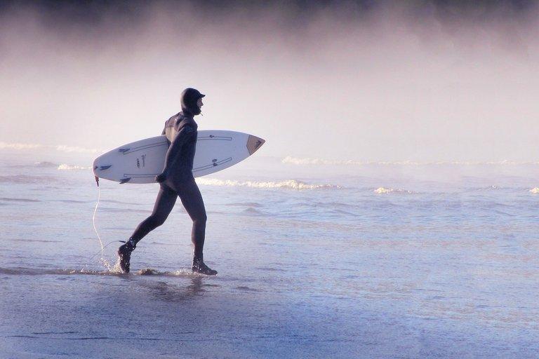 surfer3233474_1280.jpg
