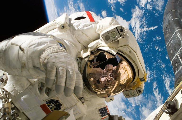 skyearthspaceworking.jpg