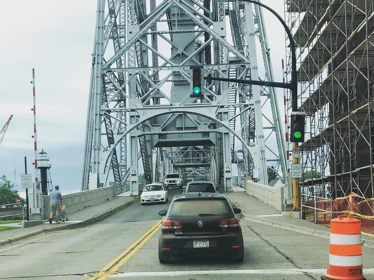 lift bridge duluth.jpg