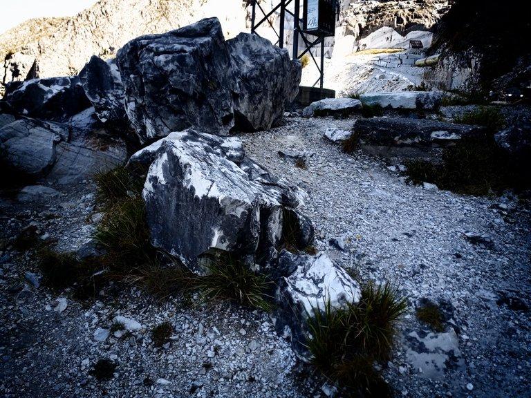 At the Passo del Vestito, near the Quarries
