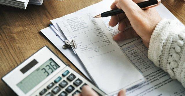 bigstock-Budget-Planning-Bookkeeping-Ac-147919646-653x339.jpg