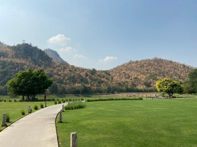 mountain view3.jpg