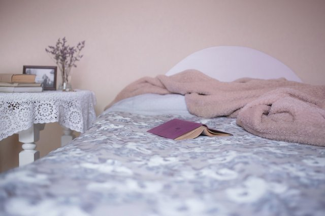 bed-1846251_1920.jpg